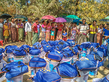 UNFPA's Dignity Kits distribution improves psychosocial and well-beings of displaced women and girls in conflict affected areas. Photo ©UNFPA Myanmar